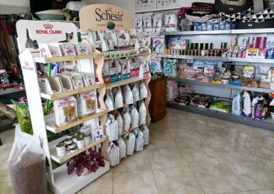 Royal Canin and Schesir products at MedinaVet Pet Store in Veliko Tarnovo